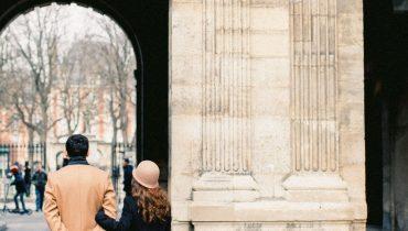 Cele mai îndrăgite 5 cărți despre maniere și eleganță